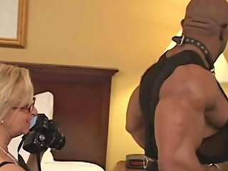 Annabelle Brady White Granny Fucked By Black Bodybuilder
