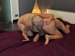 Blonde Teen Babe Is Seduced And Eaten Out By A Mature Les Any Porn