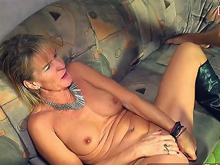 German Mature MILF Seduced Younger Guy With Her Saggy Tits