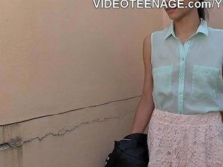 Skinny Teen Does Anal Casting