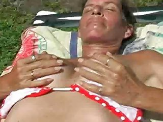 Fingering My Wet Pussy In The Hot Florida Sun Nuvid