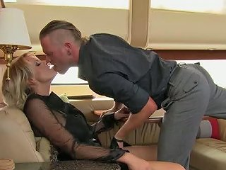 Flawless Milf Having Passionate Foreplay In The Private Jet