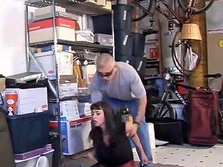 Garage Woman Txxx Com