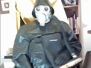 A Good Wank In Thick Heavy Rubber Trousers And Top Wellies And Gasmask