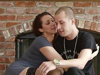 Sucking Cougar Swallows Porn Videos