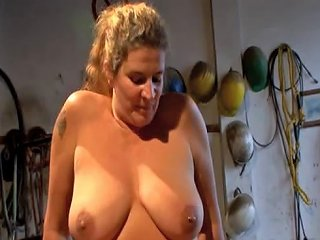 German Mature Slut Hard Fuck With A Mechanic In His