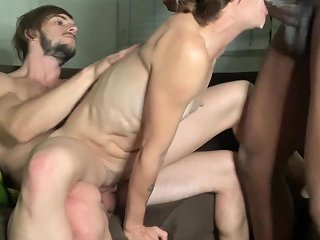 Cuckold Party With Hubby And Bbc