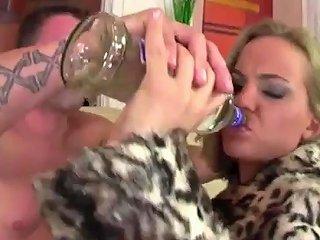Britney Angel Ene Sahneschnitte Mit 039 Ner H Bschen Titte