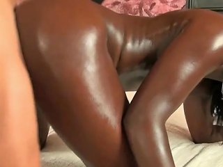 Bleached African Goddess Gets Bred By White Creampie