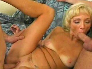 Nasty Gilf Lindsey Caro Free Threesome Porn E7 Xhamster