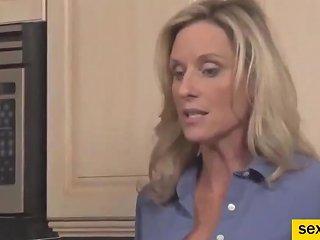 Horny Amateur Mature Kinky Mom Fucked By Stepson
